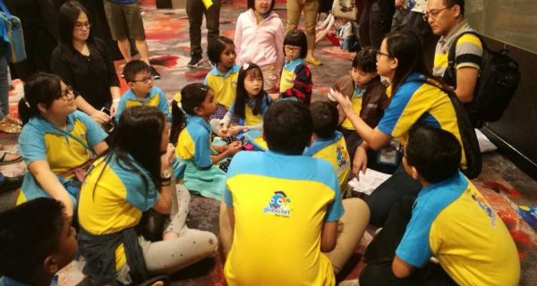 Briefing before Art Competition